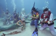 Under water music festival
